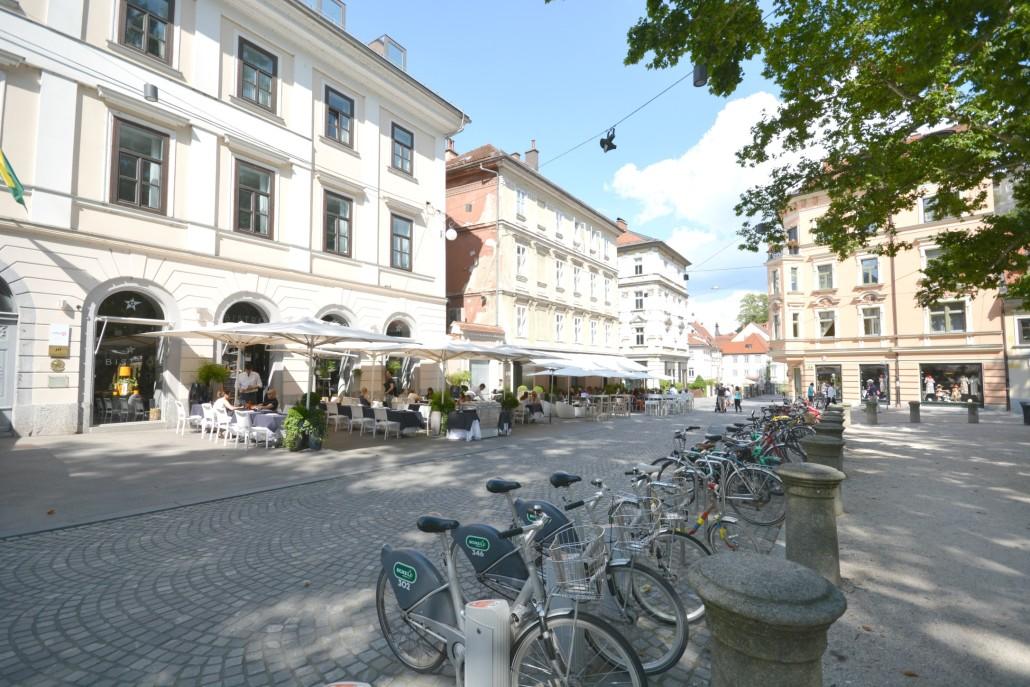 Ljubljana restaurants Zvezda Bistro bikes
