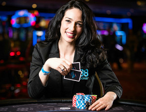 Kara Scott, TV anchor and poker player