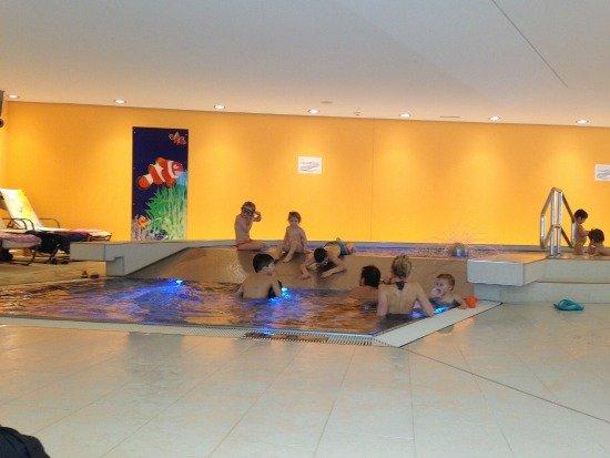 baby-pool-slide