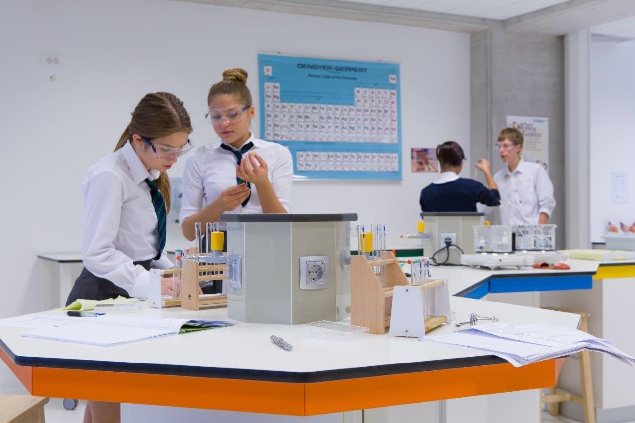 Britanska mednarodna šola v Ljubljani - laboratorij